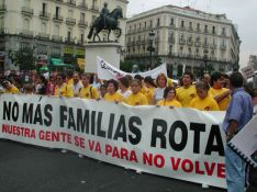 Foto 5 - Así fue la manifestación de la Soria Ya y Teruel Existe en Madrid en 2003