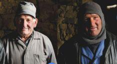 Dos vecinos de la zona en el reportaje de la revista. /National Geographic