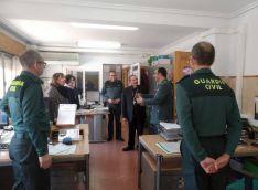 Foto 3 - El obispo visita la Comandancia de Soria