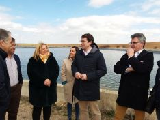 Foto 2 - El PP presenta candidatos de la zona de Almazán acompañados por Mañueco