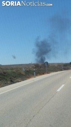 El humo es visible desde la carretera y desde la capital. SN