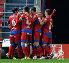 Los jugadores rojillos celebrando el gol. LFP