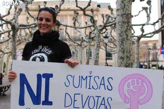 Carolina Hamodi en la plaza de las Mujeres. SN