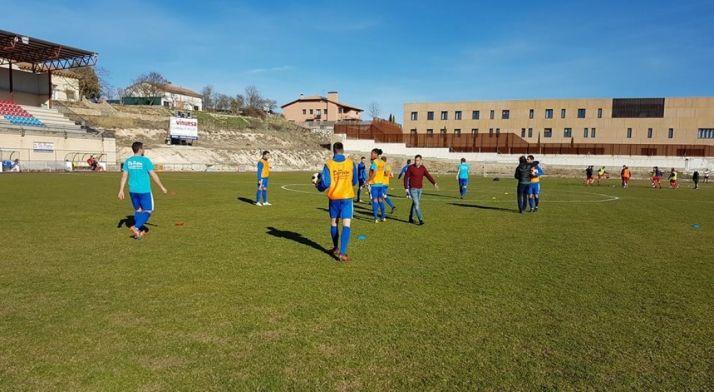 Municipal de El Burgo de Osma. Sporting Uxama
