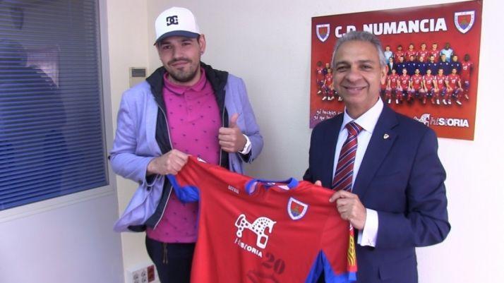 El Numancia entra en los eSports con el fichaje del 'gamer' Diego Torres. CD Numancia