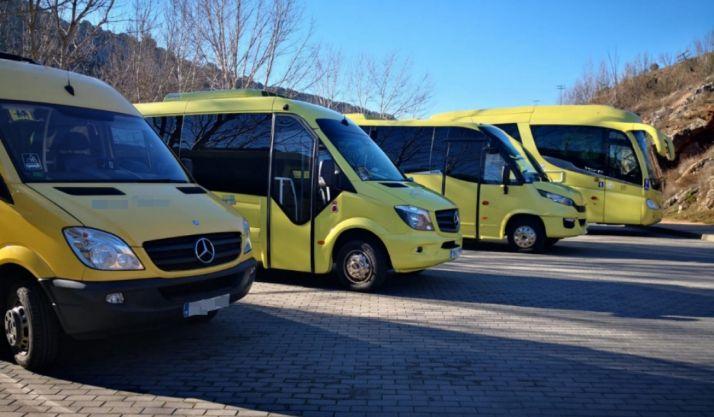 Vehículos de una empresa de transporte de viajeros