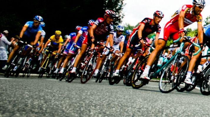 Foto 1 - El Gobierno regional destina 230.000 € para la XXXIV Vuelta Ciclista Internacional a Castilla y León