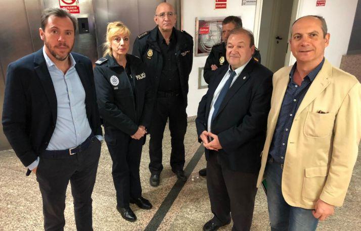 Responsables policiales, políticos y sindicales en la jornada de CSIF.