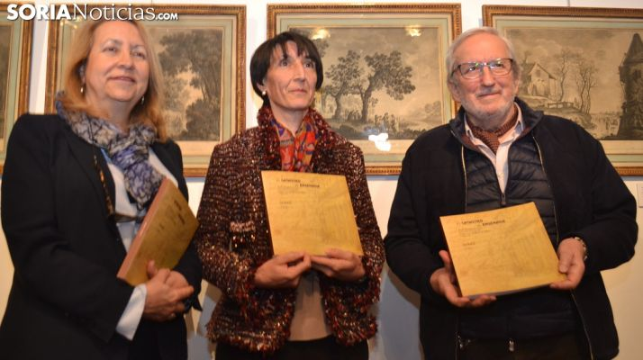 Concepción Camarero, Ana Sanz y Jesús Bárez este miércoles. /SN