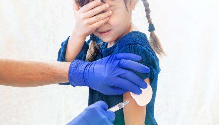 Foto 1 - La adquisición de 20.000 dosis de vacunas contra la hepatitis en CyL costará 570.000 €