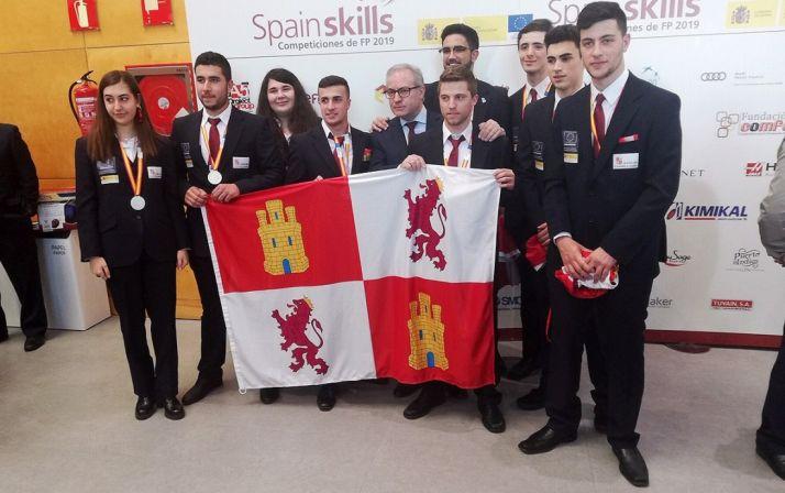 Los alumnos castellano-leoneses tras las pruebas.