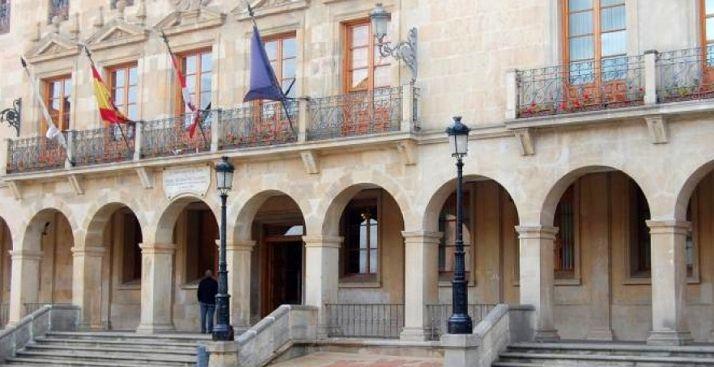 Las gratificaciones para el personal municipal entre octubre y diciembre ascienden a 15.652 euros