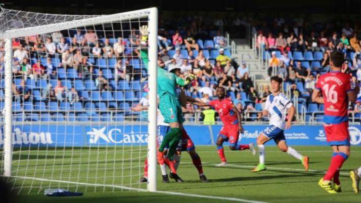 El Numancia chafa el carnaval al Tenerife con el gol del empate (1-1) de Higinio