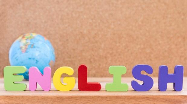 Foto 1 - Educación y la Organización de Estados Iberoamericanos fomentarán el bilingüismo y la interculturalidad en centros educativos de la Comunidad
