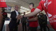 Una imagen del ministro en las instalaciones deportivas. /SN