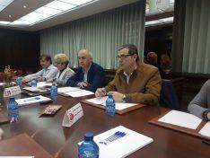 Miembros de la Cámara y de Vox en Soria durante la reunión. /CCIS