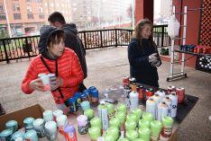 Foto 2 - 2.500 latas para elaborar un mural en el Centro Cívico Bécquer