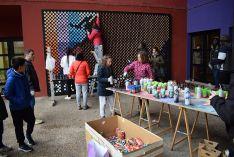 Foto 4 - 2.500 latas para elaborar un mural en el Centro Cívico Bécquer