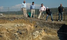 Excavaciones en el yacimiento de Los Casares, en Tierras Altas.