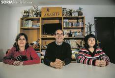 lvira, Matías y Minerva charlan sobre las posibilidades ante el 28A. Carmen de Vicente