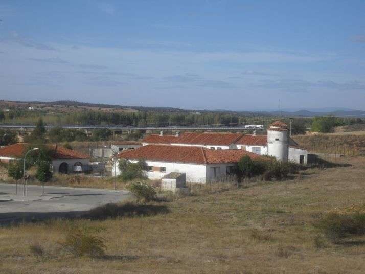 Foto 2 - El Burgo se plantea la recuperación urbanística del antiguo Campo Agropecuario