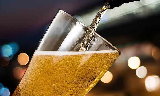 Foto 1 - Cata de cervezas Águila este miércoles en el Casino
