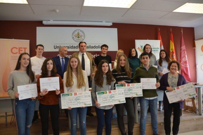Tres estudiantes de Bachillerato, ganadoras de la IV edición de la Fase Local de la Olimpiada de Economía en Soria