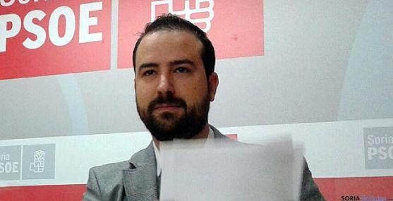Ángel Hernández.