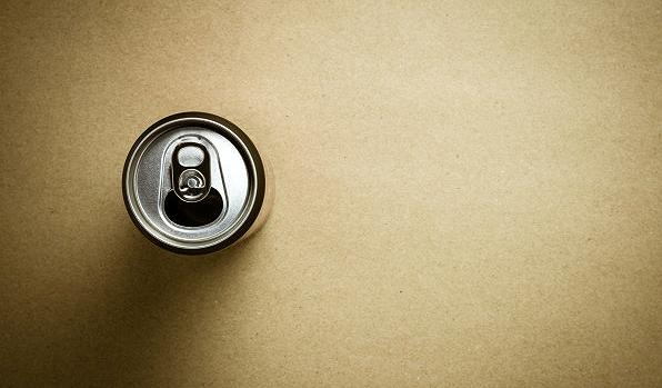 Foto 1 - 'Dar la lata', taller de reciclaje en el CC Bécquer para este sábado
