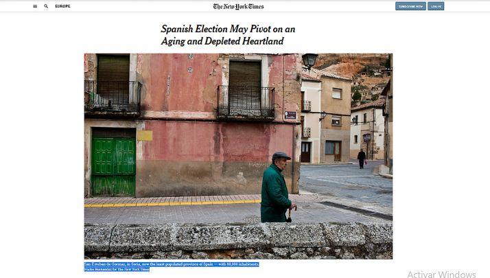 La imagen de una calle de San Esteban de Gormaz ilustra el artículo del NYT.