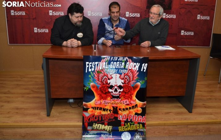 Ricardo Martínez (izda.), Sergio Izquierdo y Jesús Bárez este jueves. /SN
