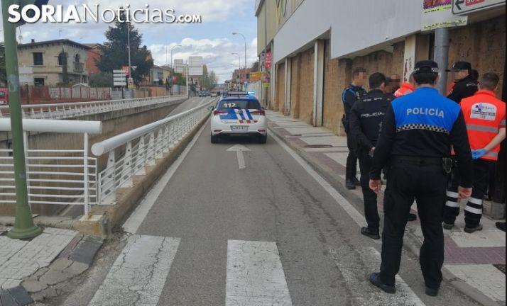 Policías y personal del Sacyl en el lugar. /SN