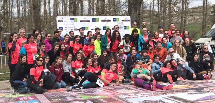 Foto de familia con los participantes y organizadores.