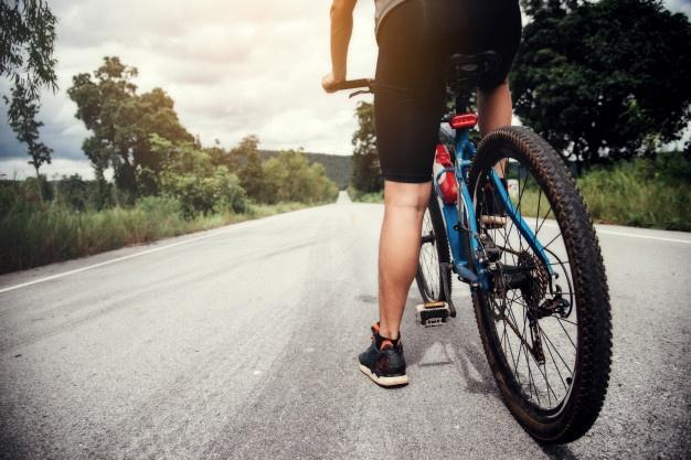 Fallece un ciclista en Ávila tras sufrir una caída en un camino