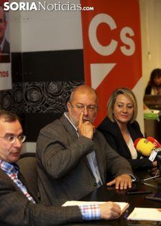 """Foto 3 - Igea (Cs): """"El cambio no es cambiar PP por PSOE en Castilla y León"""""""
