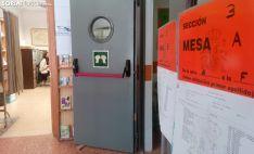 Una imagen del colegio electoral ubicado en el Infantes de Lara, en Soria capital. /SN
