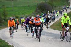 Foto 2 - La Histórica de Abejar rememora un año más el ciclismo clásico de la mano de La Chianina italina