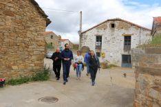 Ángel Hernández, en la foto, y Virgina Barcones han visitado esta mañana Tierras Altas y El Burgo de Osma.