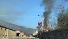 Vídeo: Incendio en una vivienda en Salduero