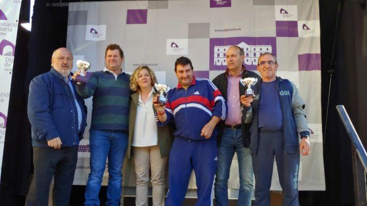 Foto 2 - Duruelo de la Sierra se lo pasa pipa en el Campeonato Provincial de Juegos Populares