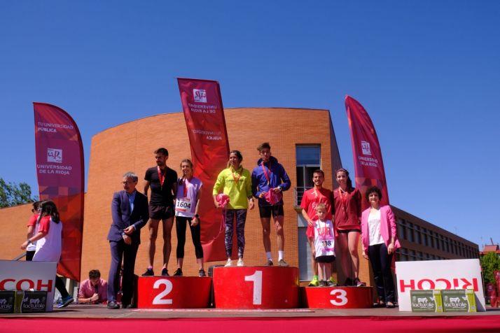 Foto 2 - El atleta afincado en Soria Ossama Ifraj Akkaoui gana la 10k de la Carrera Campus 2019 en Universidad de La Rioja