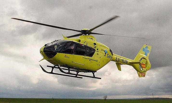 Foto 1 - Un accidente laboral en Navaleno obliga al traslado de una persona en helicóptero