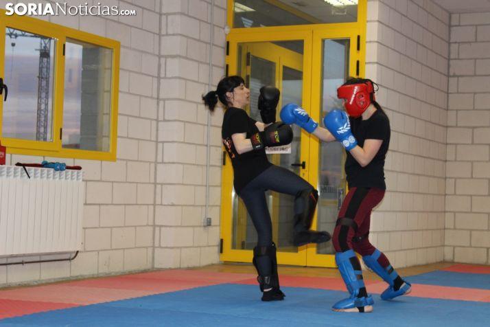 Último entrenamiento del Club Kickboxing Soria en el CAEP antes de partir a Guadalajara. SN