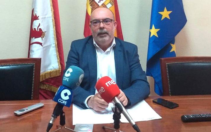 Miguel Latorre, en su comparecencia de prensa esta mañana de domingo.