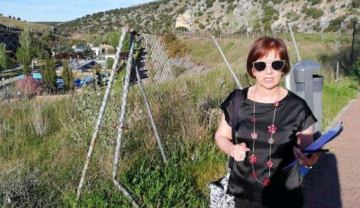 Marisa Muñoz, en las inmediaciones de la depuradora de aguas residuales de la capital. /PS