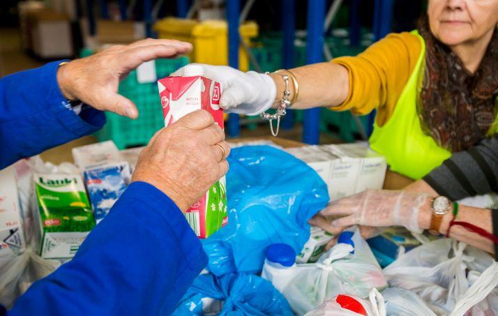 Foto 1 - Hoy arranca en Soria la recogida de leche por 'Ningún niño sin bigote'