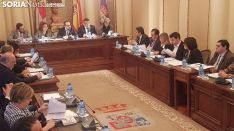 Pleno de Diputación en una imagen de archivo.
