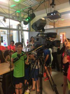 Foto 5 - 111 alumnos descubren la FP del Pico Frentes donde se aprende haciendo