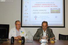 La Hermandad de Donantes de Sangre de Soria reconoce y premia a Alberto Escassi y Pape Diamanka. SN
