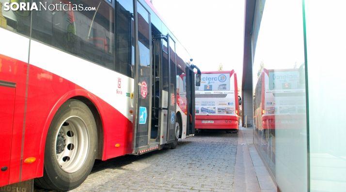 Autobuses en la plaza de Mariano Granados, en la capital. /SN